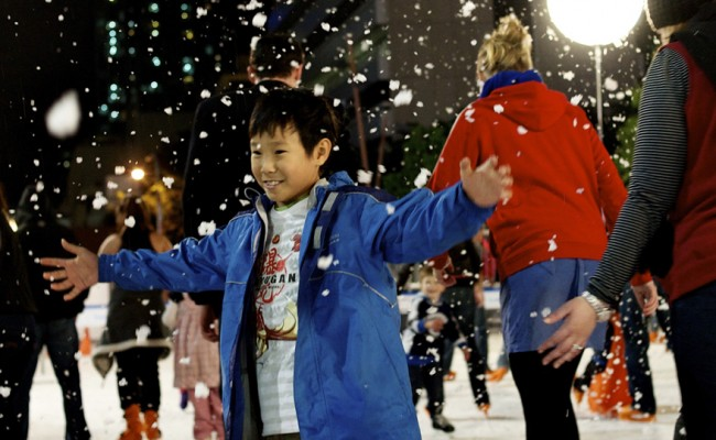 Child-skating-at-Sydney-Winter-Festival-1
